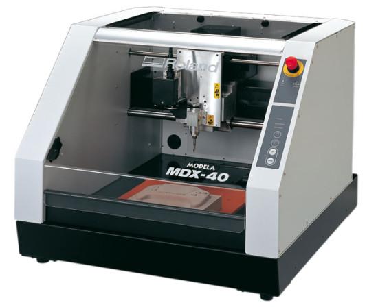 Roland MDX 40R   с 5 осевой обработкой материала