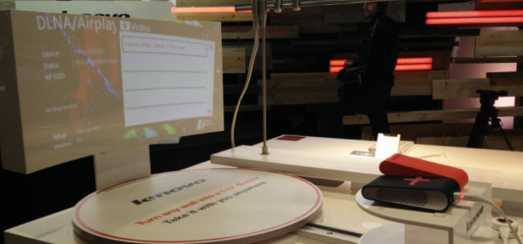 Обзор нового пикопроектора от Lenovo. Pocket Projector