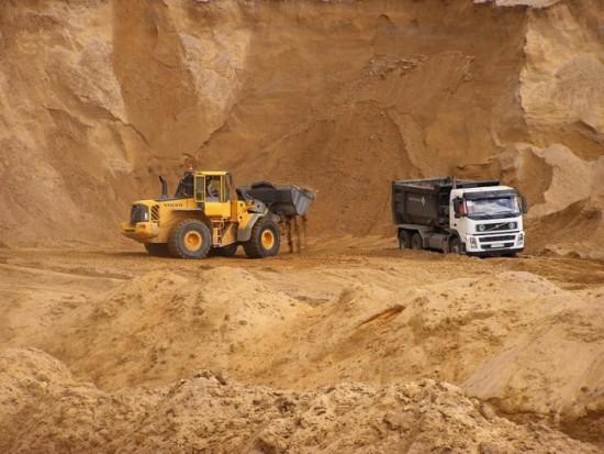 Природный строительный песок: виды, характеристики, применение.